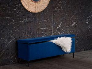 banco baúl tapizado detalle